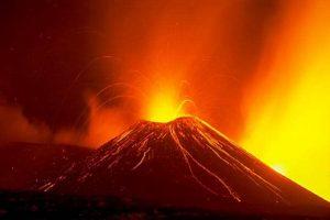 Как разобраться в себе у подножия действующего вулкана?